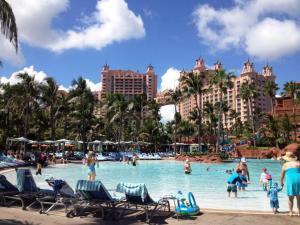 Enjoying the fun of Atlantis for free!