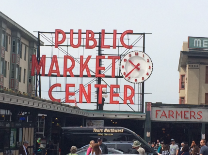Obligatory Pike Place Sign Photo